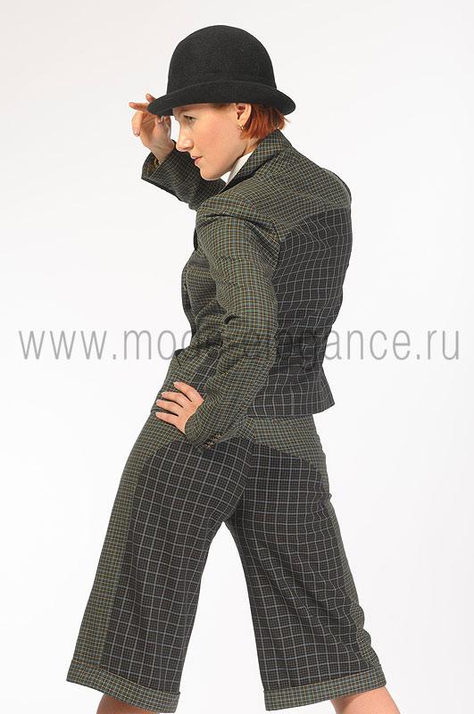 Описание:Пальто в клетку,Женская обувь лето 2012 фото,Пуховое пальто.